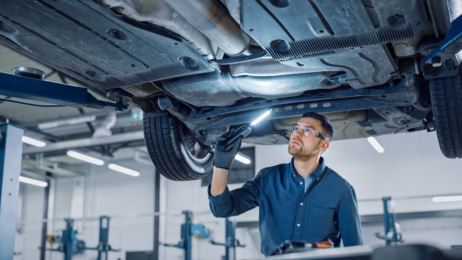 Automotive Lift Safety Need to Knows